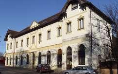 Balatonalmádi, A régi Községháza. Magyarország