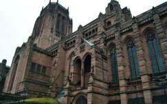 Az Egyes�lt kir�lys�g legnagyobb katedr�lisa. Liverpool.
