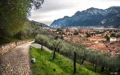 Az olajfák földjén (Riva del Garda)