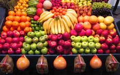 banán piac gyümölcs narancs alma