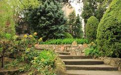 Bory vár kertje