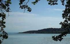 Balatonalmádi, tavasz, vízpart