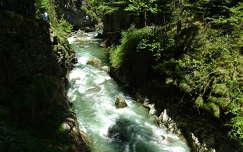 szurdok folyó