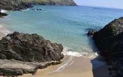 kövek és sziklák tengerpart tenger öböl írország