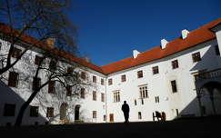 Siklósi vár belső udvar