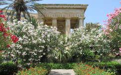 Málta Barakka-kert
