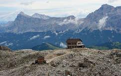 Menedekhaz az Olasz Alpokban