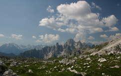 Alpok - Dolomitok csipkés csúcsai