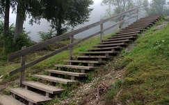 köd lépcső