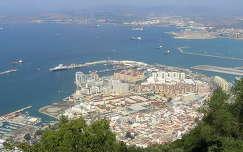 Gibraltár és a repülőtéri kifutópálya vége