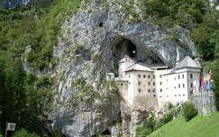 kövek és sziklák várak és kastélyok szlovénia predjama vár