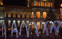 karácsonyi dekoráció éjszakai képek