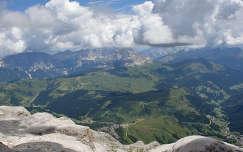 Dolomitok, Olasz Alpok. Kilatas Sasso Pordio-rol.