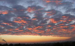 napfelkelte felhő
