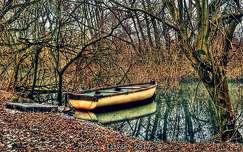 Magányos csónak...