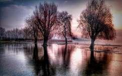 Hajnali tükröződés...