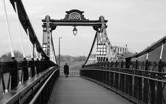híd fekete-fehér