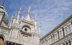 Olaszország, Velence, Dózse-palota (Palazzo Ducale) észak-keleti sarok a belső udvar felől