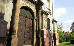 Miskolc, a Szentháromság ortodox templom nyugati kapuja. Fotó: Kupcsik Sarolta