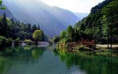 alpok hegy tó