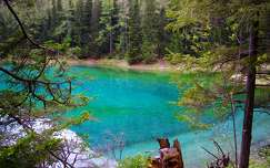 ausztria alpok tavasz tó