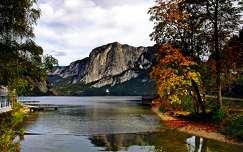 kövek és sziklák ősz hegy