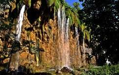 kövek és sziklák vízesés
