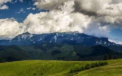 Csalhó hegység, Toaca csúcs és az Ocolasul Mare