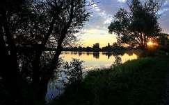 nyár tükröződés naplemente