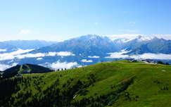Júliusi havas hegyek az Alpokban