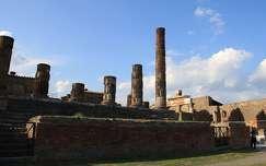 Olaszország, Pompei