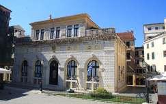 Görögország, Korfu - Városháza