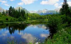 nyár hegy tükröződés tó