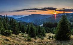 erdély kárpátok hegy napfelkelte románia