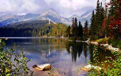 ősz hegy tükröződés tó