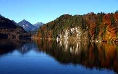 ősz tükröződés hegy tó