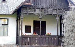 tornácos ház, Balatonalmádi, magyarország