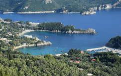 Korfu, Paleokastritsa, szív alakú öböl