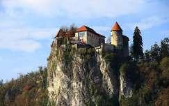várak és kastélyok bledi-tó kövek és sziklák alpok szlovénia