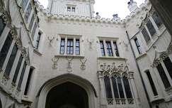 Hluboká kastély belső udvara