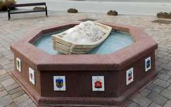 Berényiek emlékkútja, Balatonalmádi, magyarország