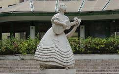 Déryné szobra a Krisztinában,Budapest