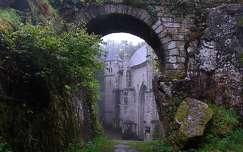 Chapelle Sainte-Barbe, Bretagne