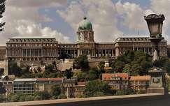 budapest magyarország lámpa budai vár várak és kastélyok