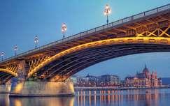 országház híd kék óra budapest magyarország duna margit híd folyó