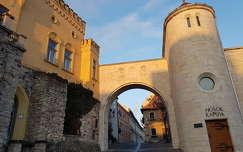 Veszprém Hősök kapuja téli reggel