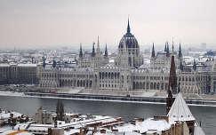 Budapest, Parlament télen