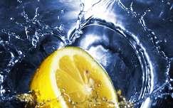 citrom a vízben