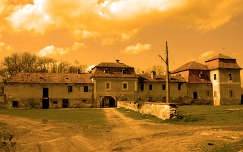 Ugron-kastély, Fiatfalva, Románia