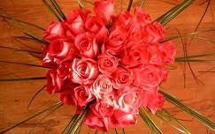 rózsa virágcsokor és dekoráció